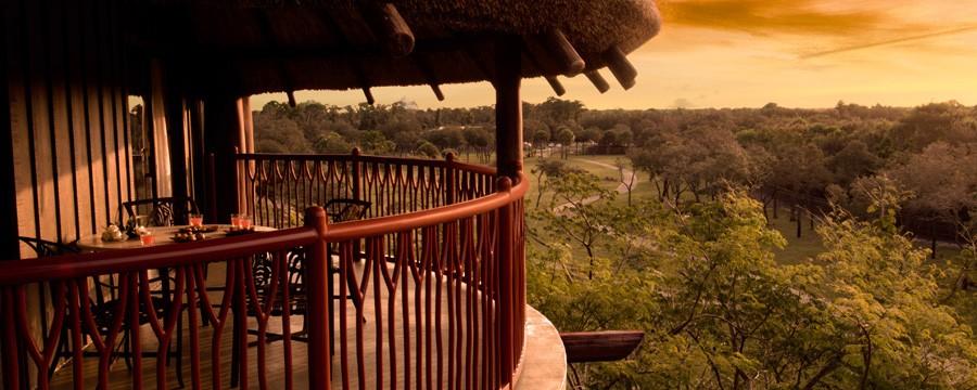World secrets wild and free nights at animal kingdom for Sunset lodge