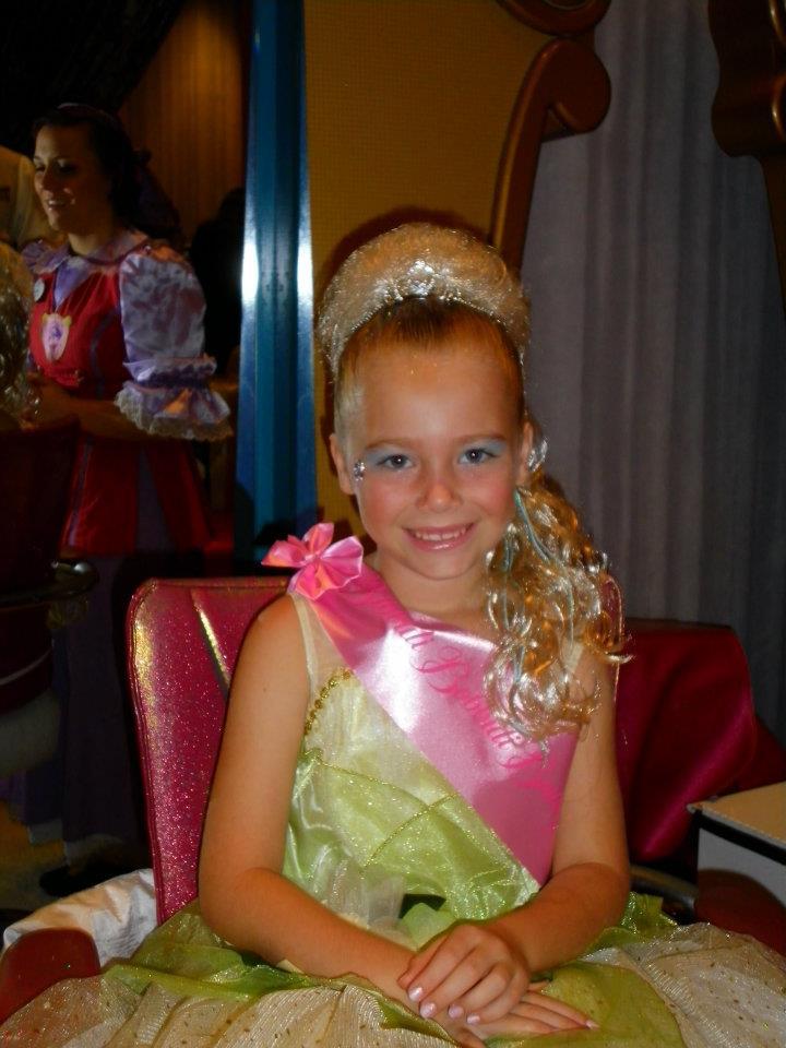How To Get A Princess Makeover When The Bibbidi Bobbidi Boutique Is