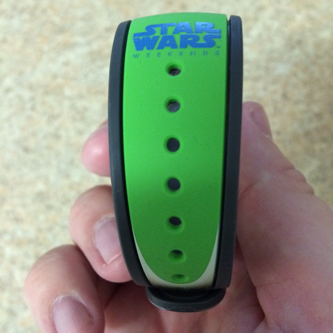 MagicBands in Colors and Characters ~ An Awesome Photo and Video ...